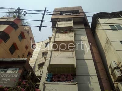 2 Bedroom Flat for Rent in Maghbazar, Dhaka - For Rent Covering An Area Of 750 Sq Ft Flat In Maghbazar Nayatola Nearby Jahabox Lane Jame Masjid