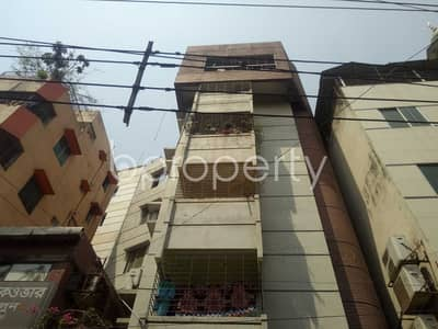 3 Bedroom Apartment for Rent in Maghbazar, Dhaka - Offering you 1200 SQ FT flat to Rent in Maghbazar near to Nayatola Park