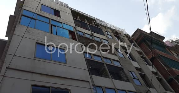 3 Bedroom Apartment for Rent in Kalabagan, Dhaka - Well-constructed 900 Sq Ft Apartment Is Ready For Rent At Bashir Uddin Road Kalabagan.