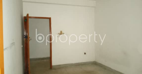 2 Bedroom Apartment for Rent in Double Mooring, Chattogram - Offering you 900 SQ FT flat to Rent in Double Mooring near to UCB Bank