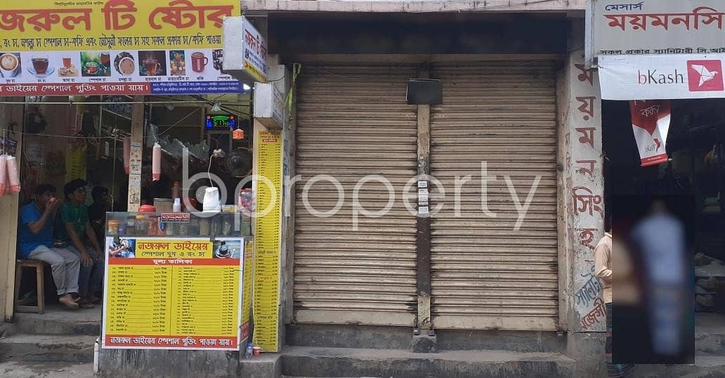 At Malibagh, 100 Sq Ft Well Fitted Shop Is ready To Rent Near To Malibagh Super Market