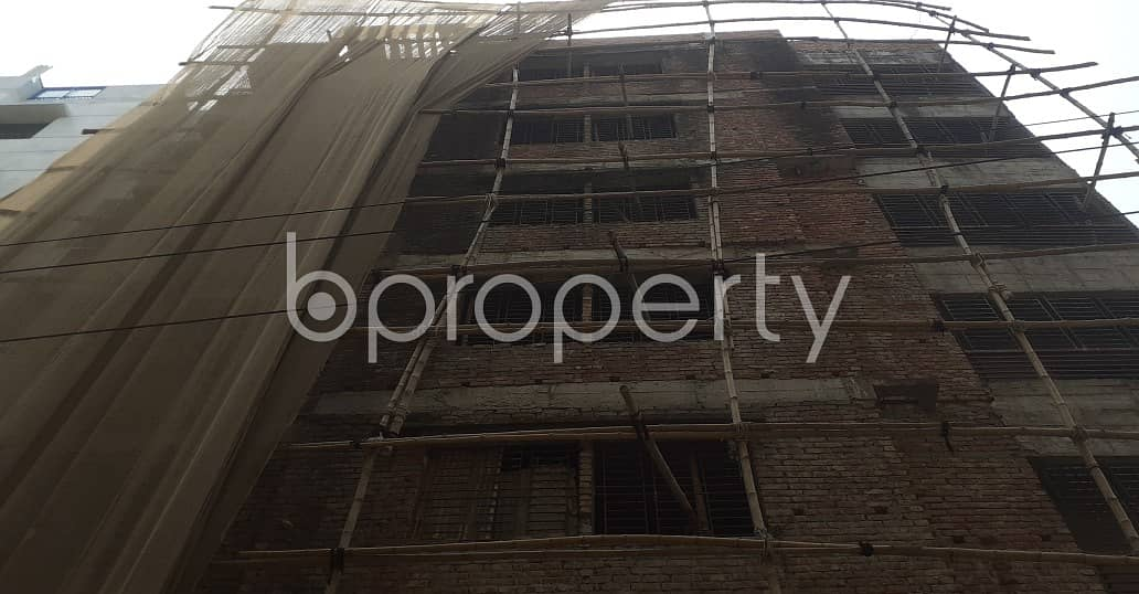 1300 SQ FT flat is now Vacant for sale in Banasree close to Banasree Bazar