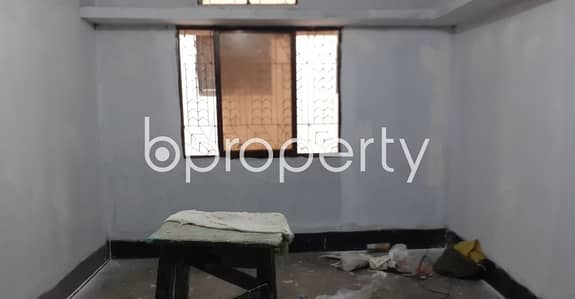 2 Bedroom Flat for Rent in Bangshal, Dhaka - See This Reasonable Nice Flat For Rent In The Location Of Mahuthtuli Nearby Saat Rawja Khaje Nehal Jame Masjid.