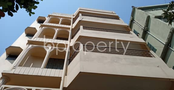 3 Bedroom Apartment for Rent in 7 No. West Sholoshohor Ward, Chattogram - Nicely Shaped 1166 Sq Ft - 3 Bedroom Flat Up For Rent In Cda Avenue, West Sholoshohor.