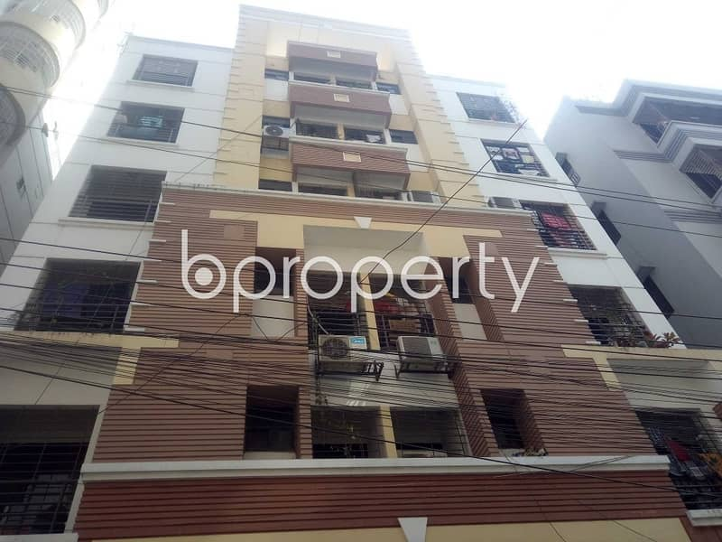 An Apartments Of 1500 Sq Ft Is Available For Sale In The Most Prime Location Of Niketan