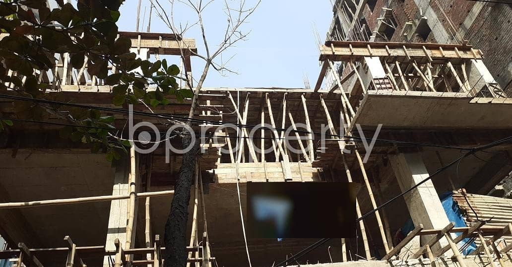 There Is 3 Bedroom Apartment Up For Sale In The Location Of Bashundhara R-A Near Bashundhara Boro Masjid .