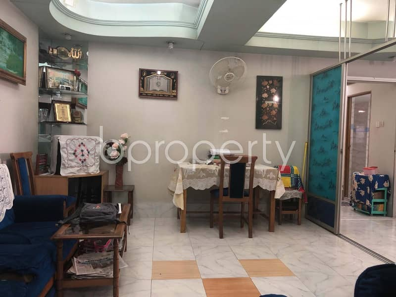 At Kazir Dewri, A 1777 Sq Ft Nice Flat Up For Sale Near Central Public School & College