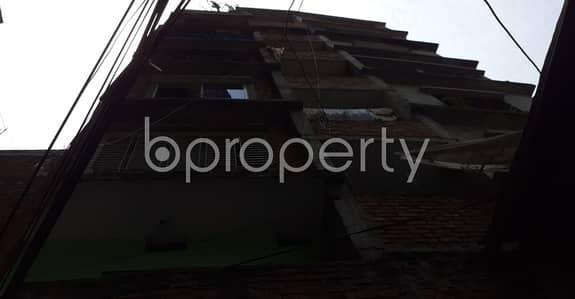ভাড়ার জন্য BAYUT_ONLYএর অ্যাপার্টমেন্ট - বংশাল, ঢাকা - On The Doorstep Of Nazimuddin Road Boro Jame Masjid, An Apartment Of 1440 Sq Ft Is Ready To Rent In Dhaka