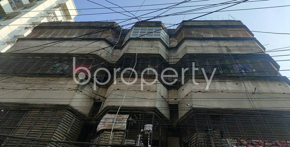 See This Apartment Is Up For Rent At Dhanmondi Near Mitali Road Jame Masjid