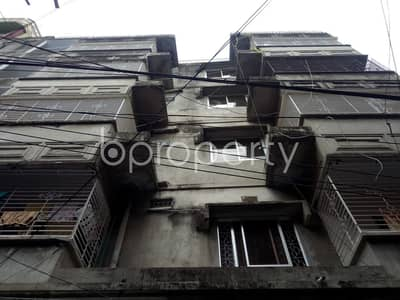2 Bedroom Apartment for Rent in Lalbagh, Dhaka - On The Doorstep Of Churihatta Shahi Masjid, An Apartment Of 950 Sq Ft Is Ready To Rent In Chawk Bazar