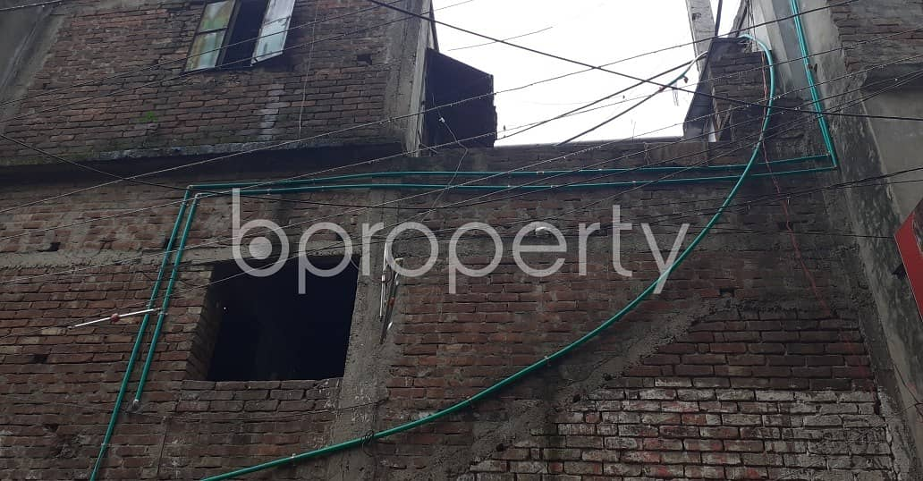 We Have A 2250 Sq Ft Full Building For Sale In Jatra Bari Nearby Adarsha High School