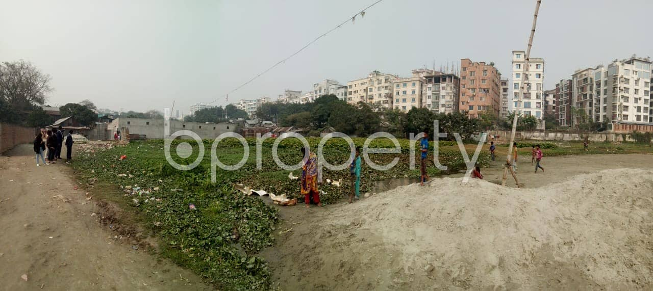 Reasonable 7200 SQ FT plot is available for sale in Mirpur