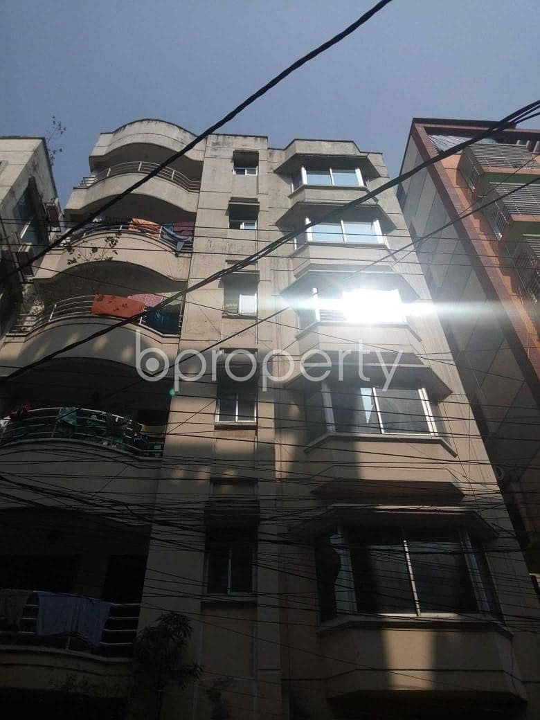 Start Living In This Awesome Flat Of 700 Sq Ft Located At Uttara 11, Unoccupied For Rent