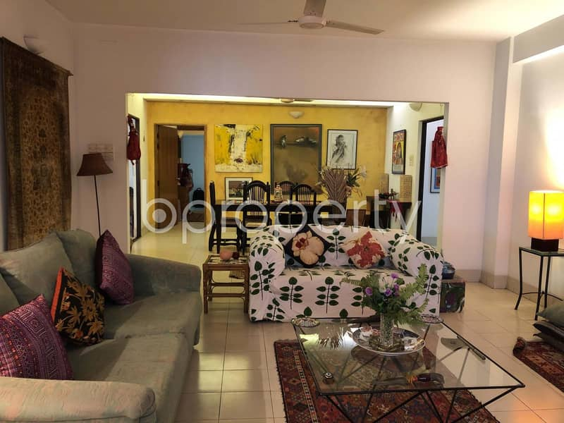 A 2400 Sq Ft Flat Is Up For Sale In Gulshan Near To Linnex Electronics Bd Ltd.
