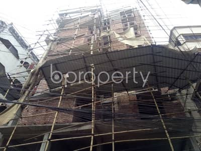 Apartment for Sale in Lalbagh, Dhaka - A 4500 Sq. Ft Commercial Space Is Available For Sale In Azimpur Nearby Engineering University Girls School & College.
