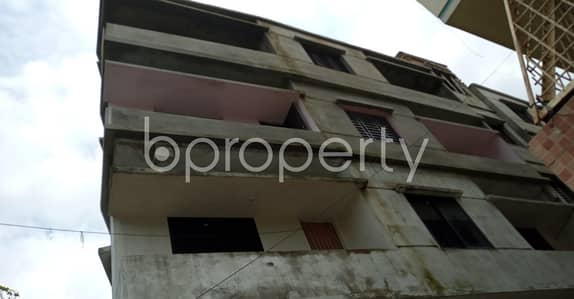 2 Bedroom Flat for Rent in 7 No. West Sholoshohor Ward, Chattogram - An Apartment Of 950 Sq. Ft For Rent Is All Set For You To Settle In West Sholoshohor Close To Jamia Ahmadia Sunnia Alia