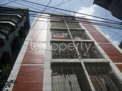 3 Bedroom Apartment for Rent in North Shahjahanpur, Dhaka - A Well Planned Apartment Is Up For Rent In North Shahjahanpur Near Amtola Masjid