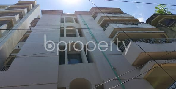 3 Bedroom Flat for Rent in Double Mooring, Chattogram - An Apartment Of 1200 Sq. Ft For Rent Is All Set For You To Settle In Shantibag Residential Area