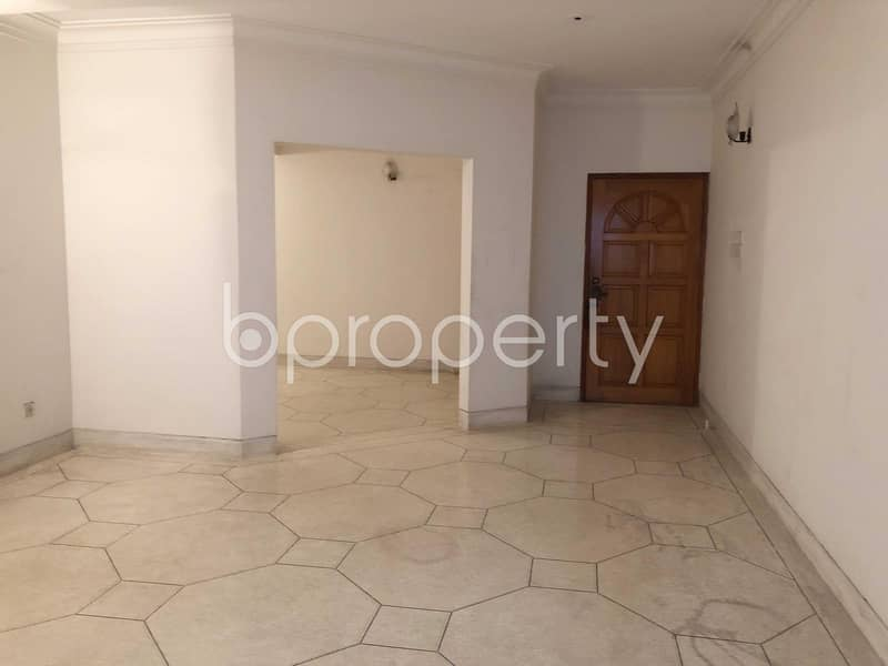 An Apartment For Sale Is Located On Banani Near Khankah Shirajia Mosjid