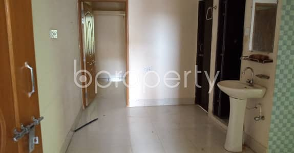 2 Bedroom Flat for Rent in 7 No. West Sholoshohor Ward, Chattogram - A Nice 950 Sq. Ft House Is Available For Rent At Jangalpara , With An Affordable Deal.