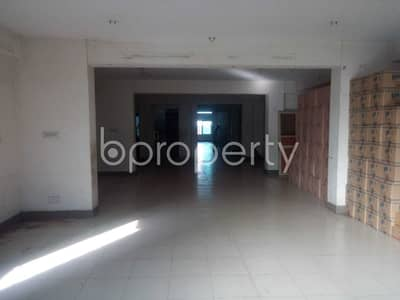 Office for Rent in Sutrapur, Dhaka - See This Office Space Of 2200 Sq. Ft Is For Rent Located In Tikatuli Near Tikatuly Jame Masjid