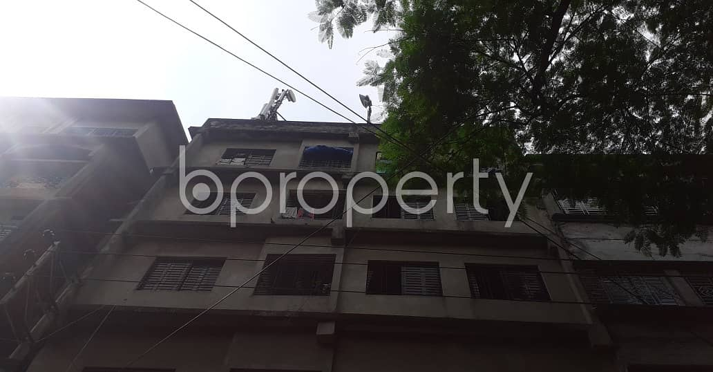 Nice 750 SQ FT flat is available to Rent in Bangshal