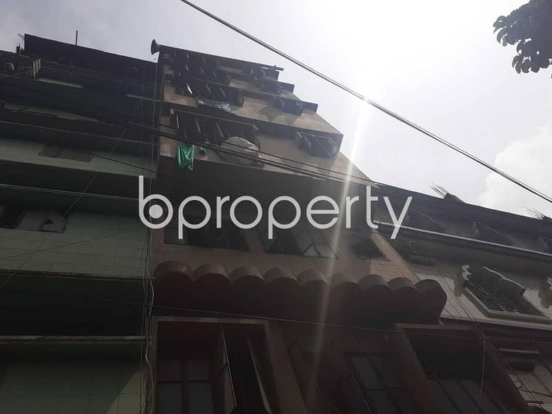 A 750 Sq. Ft Commercial Factory Is Available For Rent In Naya Bazar Nearby Bagdasha Boro Masjid.