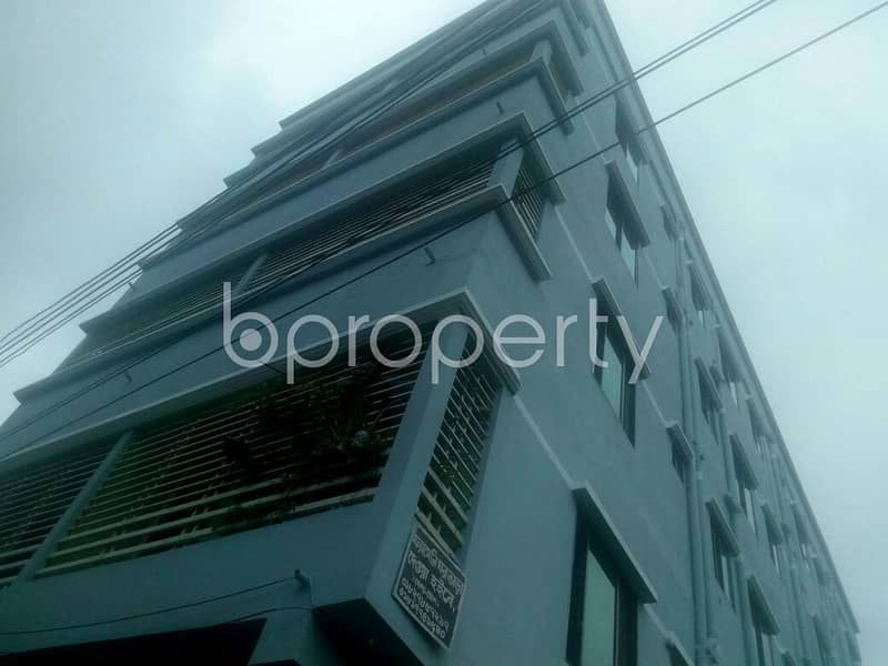 At Middle Mohara A Nice 650 Sq. Ft Flat Up For Rent Near Darul Ma'Arif Al Islamia.