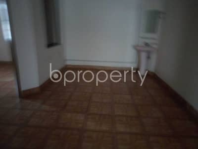 3 Bedroom Flat for Rent in Baridhara DOHS, Dhaka - Make this 1330 SQ FT flat your next residing location, which is up to Rent in Baridhara DOHS, Road No 1