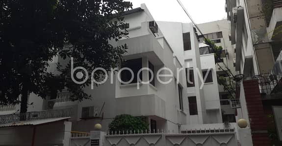 12 Bedroom Building for Rent in Gulshan, Dhaka - Comfortable, Convenient And Well-constructed 6600 Sq. Ft Full Building Is Ready For Rent At Gulshan 2