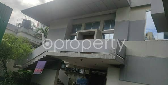 5 Bedroom Duplex for Sale in Dhanmondi, Dhaka - A Nice 7000 Sq. Ft Duplex House Is Available For Sale At Dhanmondi Near By Marie Curie School With An Affordable Deal.