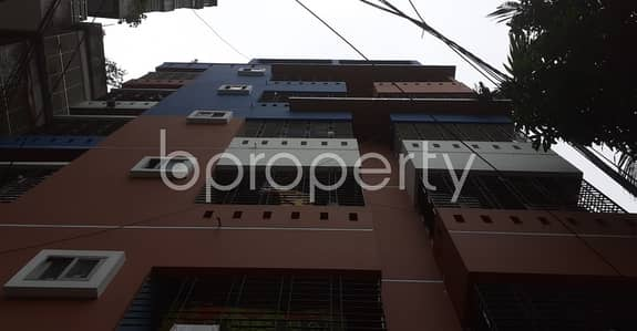 3 Bedroom Flat for Sale in 22 No. Enayet Bazaar Ward, Chattogram - We Have A 1050 Sq. Ft Flat For Sale In Enayet Bazaa Nearby Enayet Bazar Shahi Jame Masjid.