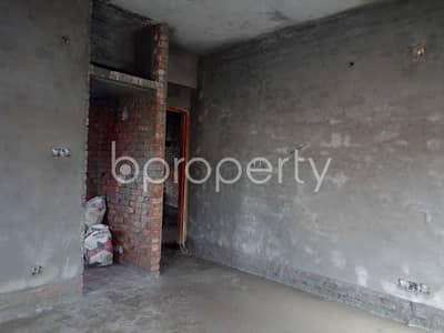 3 Bedroom Flat for Sale in Maghbazar, Dhaka - Make this 1300 SQ FT flat your next residing location, which is up for sale in Nayatola