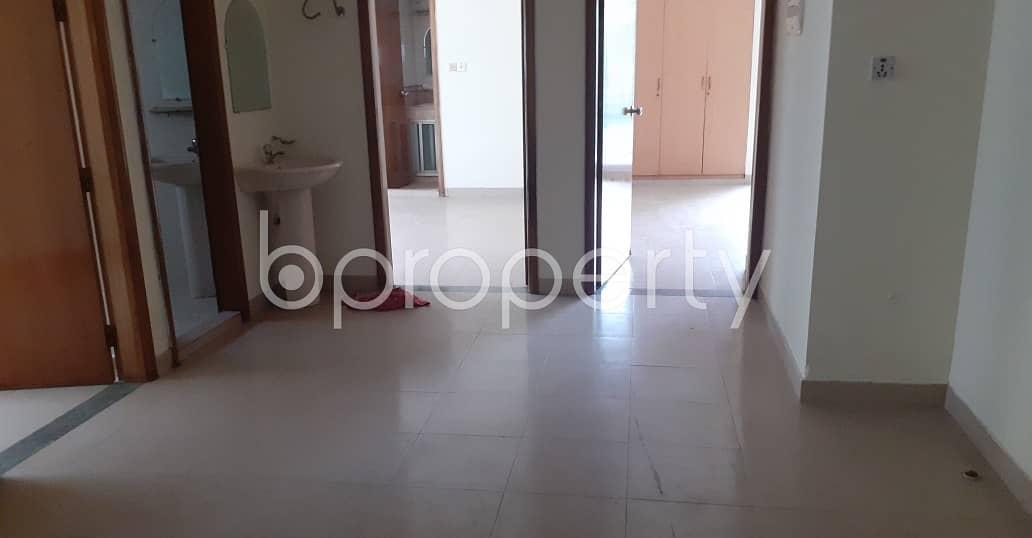 Reasonable 1670 SQ FT flat is available to Rent in Kazir Dewri, Shahid Saifuddin Khaled Road