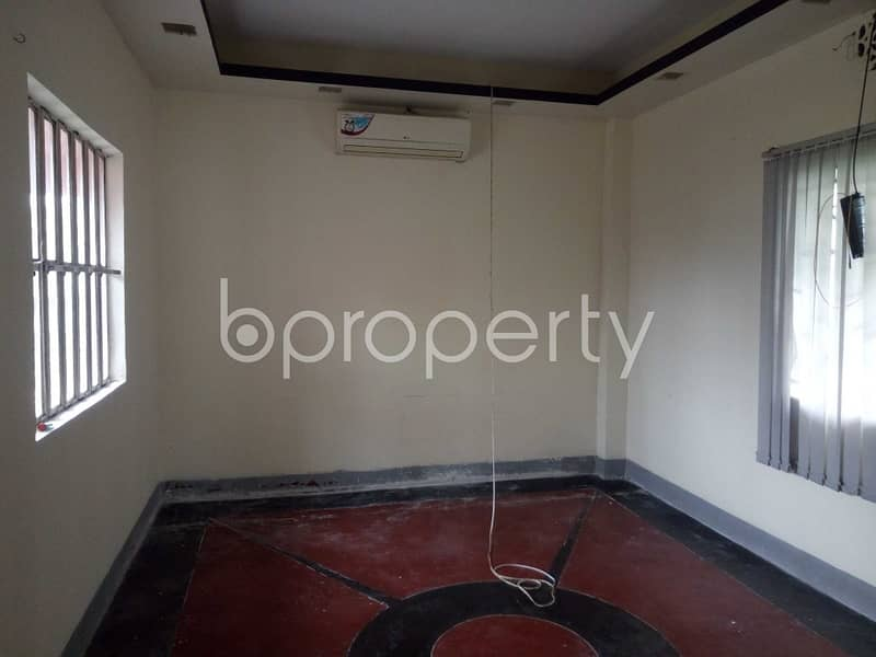 An Attractive Apartment Is Up For Rent Covering An Area Of 2850 Sq Ft At Mehidibag