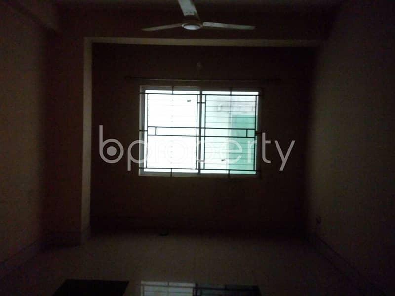 1000 Sq. ft Large Apartment For Rent South Khulshi, Nearby South Khulshi Jame Moshjid.