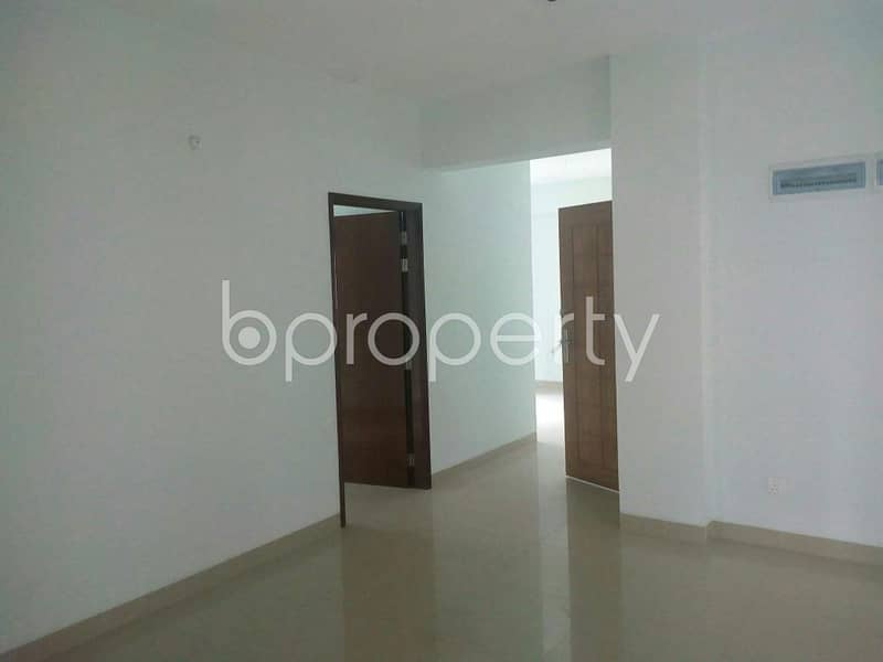 At Bashundhara R-A 1555 Square feet flat is available for Sale close to NSU