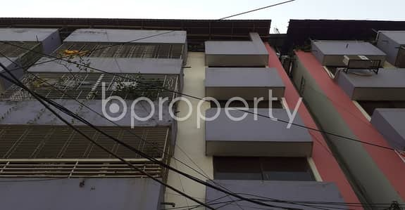 3 Bedroom Apartment for Rent in New Market, Dhaka - An Apartment For Rent Is All Set For You To Settle In New Market Close To Dhaka New Market