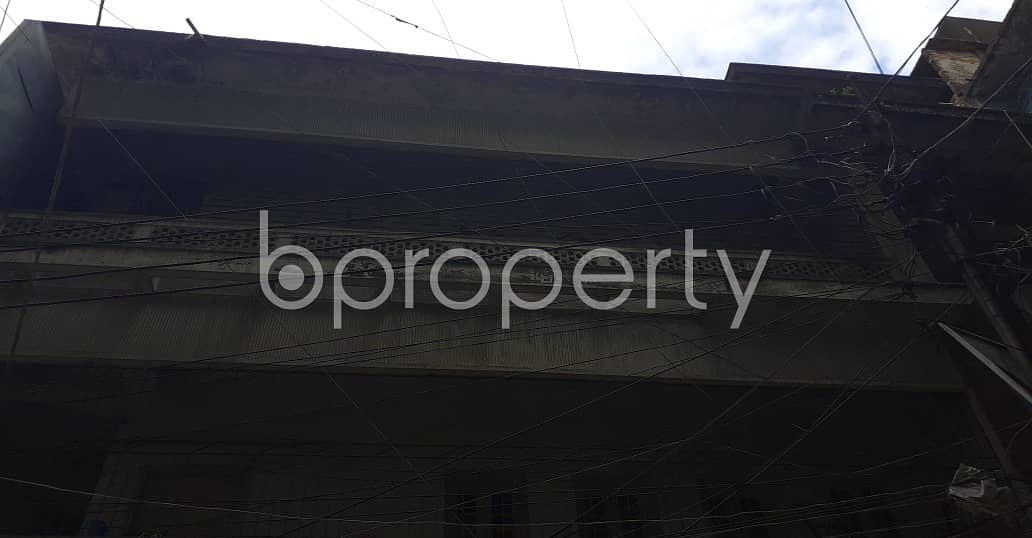 A well-constructed 1353 SQ FT flat is for sale in Shiddheswari