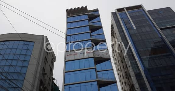 Office for Rent in Kalabagan, Dhaka - Check This Readily Available 950 Sq Ft Lucrative Business Space Up For Rent In Kalabagan