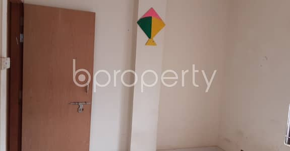 3 Bedroom Apartment for Rent in Zafrabad, Dhaka - For Rent Covering An Area Of 900 Sq Ft Flat In Zafrabad