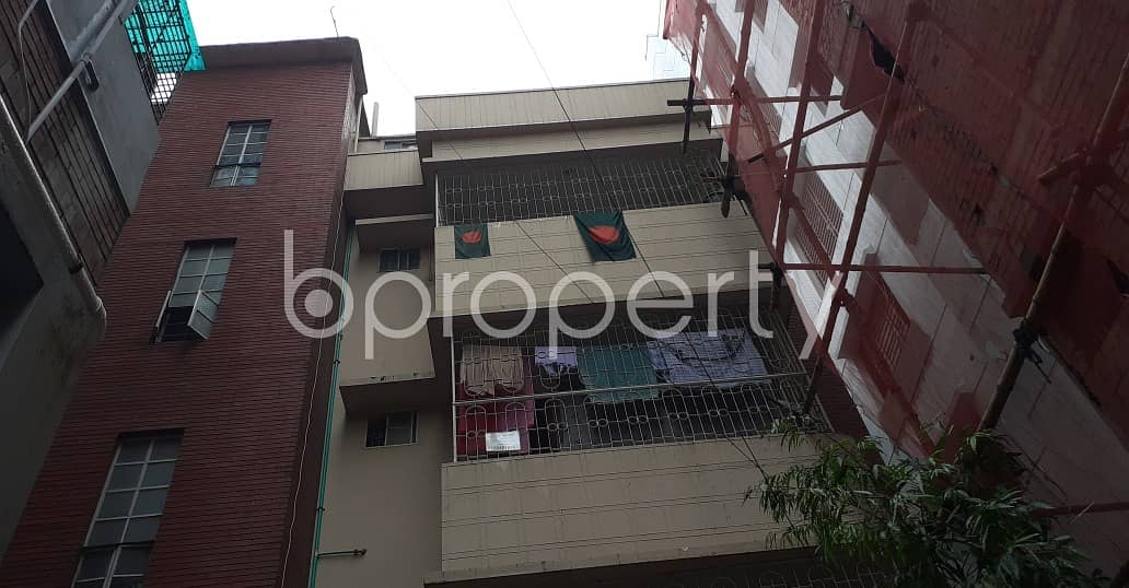4 Bedroom Large Flat For Rent Covering A Beautiful Area In Kalabagan Nearby Lake Circus Jame Moshjid.