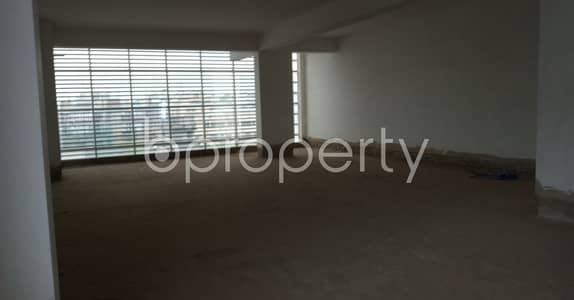 Floor for Rent in 7 No. West Sholoshohor Ward, Chattogram - This Commercial Space Of 2000 Sq. ft Is Vacant For Rent In Muradpur Main Road