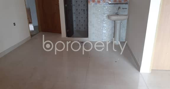 3 Bedroom Apartment for Rent in 30 No. East Madarbari Ward, Chattogram - Nice 1400 SQ FT apartment is available to Rent in East Madarbari