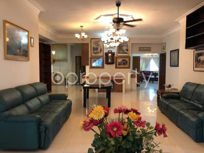 4 Bedroom Apartment for Sale in Bashundhara R-A, Dhaka - A Beautiful Apartment Is Up For Sale At Bashundhara Near Ebenzer International School