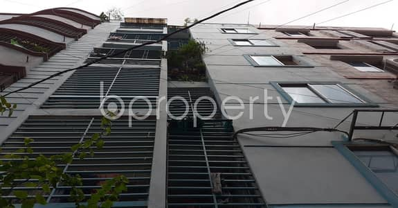 2 Bedroom Apartment for Rent in Lalmatia, Dhaka - Grab This Lovely Flat For Rent In Lalmatia Very Near To Al-manar Hospital Ltd. Before It's Rented Out