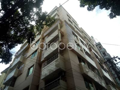 Offering you well constructed 1550 SQ FT apartment to Rent in Panchlaish, Road No 2/1