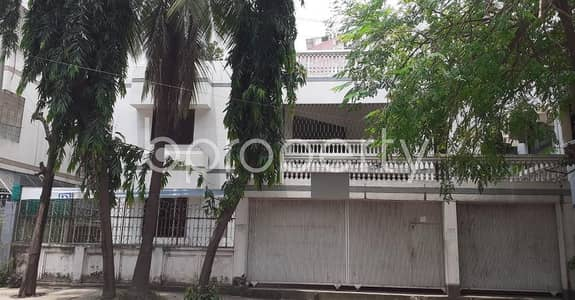 Office for Rent in Uttara, Dhaka - In Uttara-3 This 2300 Sq. Ft Office Space Is Up For Rent.