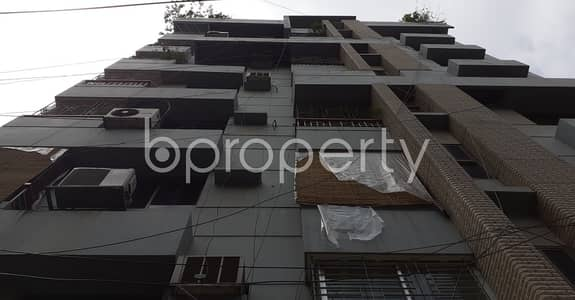 3 Bedroom Flat for Rent in Lalmatia, Dhaka - Startling Flat Covering An Area Of 1250 Sq Ft Is Ready For Rent In Lalmatia