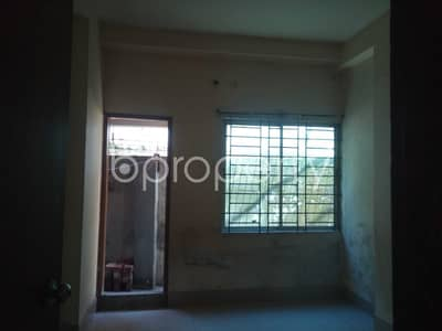 2 Bedroom Apartment for Rent in 16 No. Chawk Bazaar Ward, Chattogram - Startling Flat Covering An Area Of 860 Sq Ft Is Ready For Rent In Kapasgola Near Uttara Bank Limited.